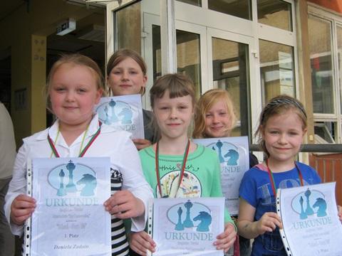 v.l.n.r. Daniela Zadoin, Fabienne Klenner, Kristina Ivanov, Charlotte Buchmann und Lea Burtscheid