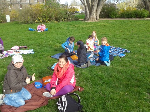 Ein Picknick auf der Wiese gibt's nicht jeden Tag