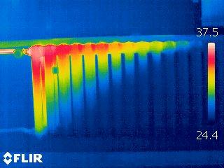 Wärmebildkamera: Heizkörper