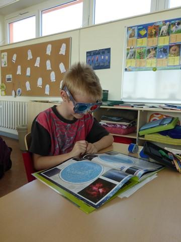 Mit einer 3-D-Brille macht das Forschen Spaß!