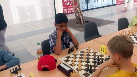 Adib Nawabi beim Vergleichskampf Magdeburg – Leipzig