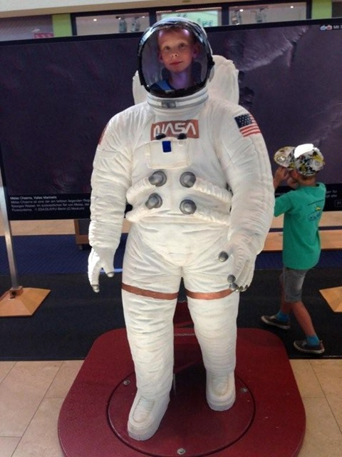 Astronaut Lenny Zenker auf Marsmission